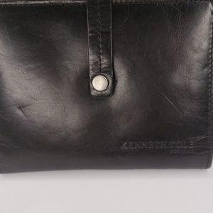 Kenneth Cole Bags - Keneth cole wallet